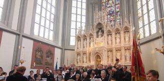 Festgottesdienst zur Altarweihe 2010